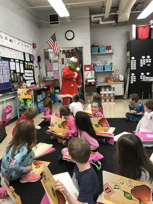 Kindergarten had a visit from the grinch 🎄