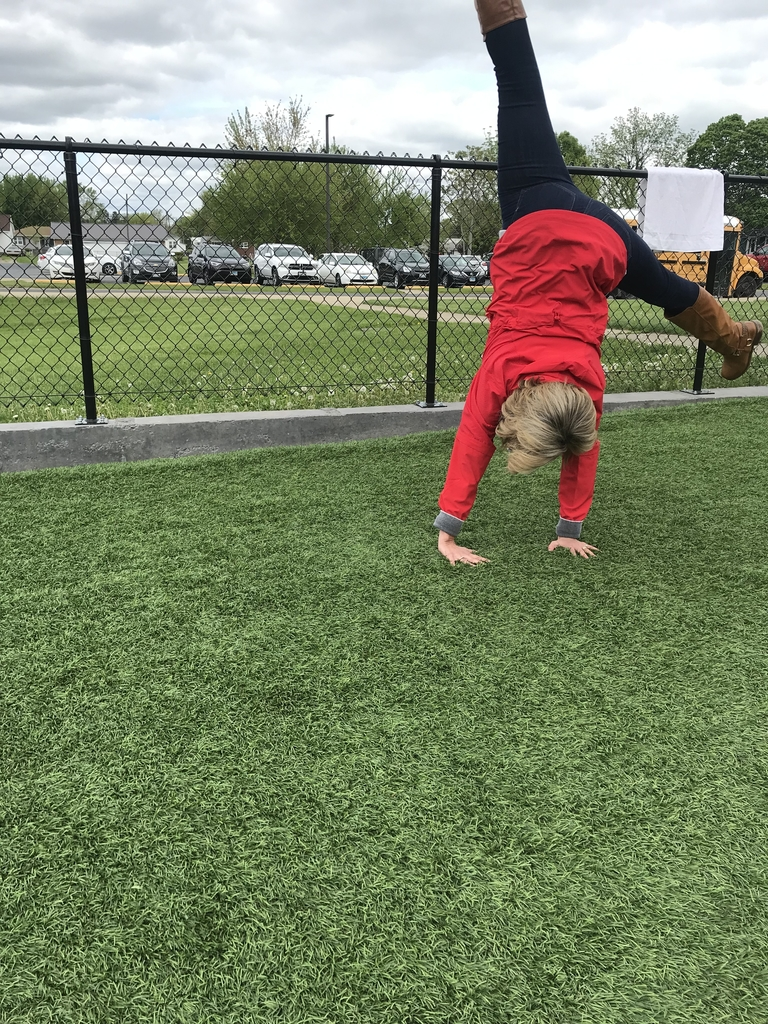 Cartwheel by Mrs. White