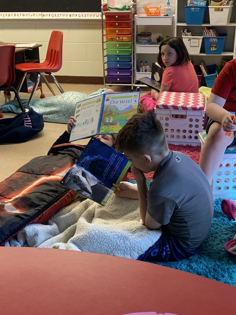 Students focused on reading.